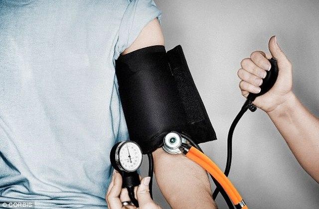 Rossz párkapcsolat is okozhat magas vérnyomást