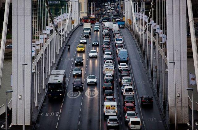 Május 1.: erre nem közlekedhetsz Budapesten