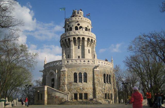 Fotó: Wikipedia - Erzsébet-kilátó