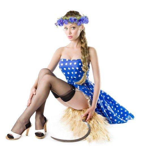 Orosz lányok pin-up stílusban