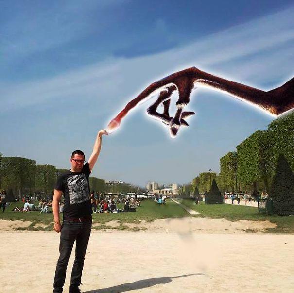 Mémcunamit indított el a blogger Eiffel-toronynál készült képe