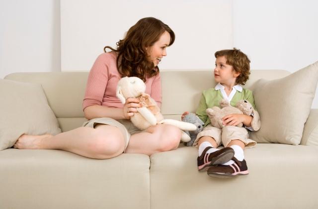 Kreatív mama mesél – mesegyártó sablon ötlethiányos napokra