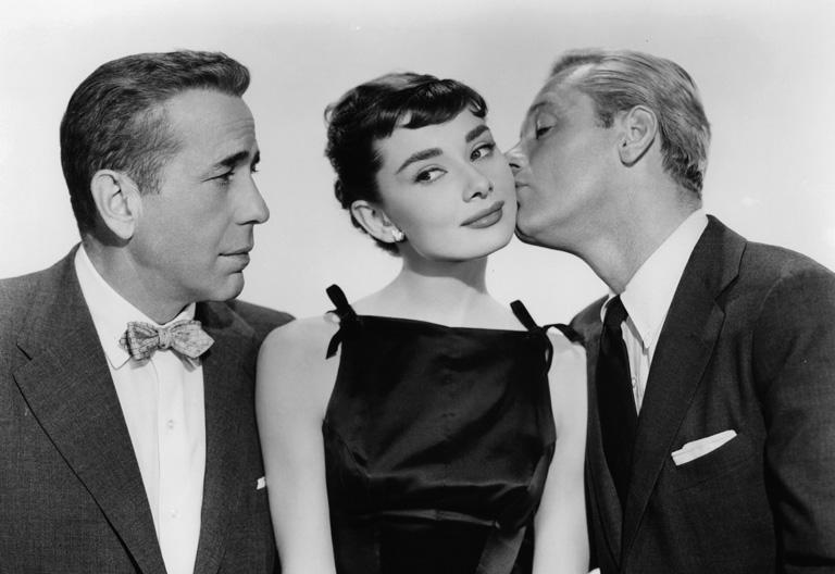 Humphrey Bogart és William Holden társaságában a Sabrina c. filmben