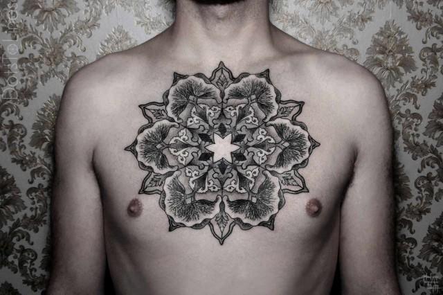 Ilyen profi tetoválásokat csinál a világ legmenőbb tetoválóművésze