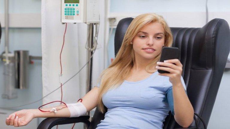 Lehetsz te is életmentő! Adj vért!