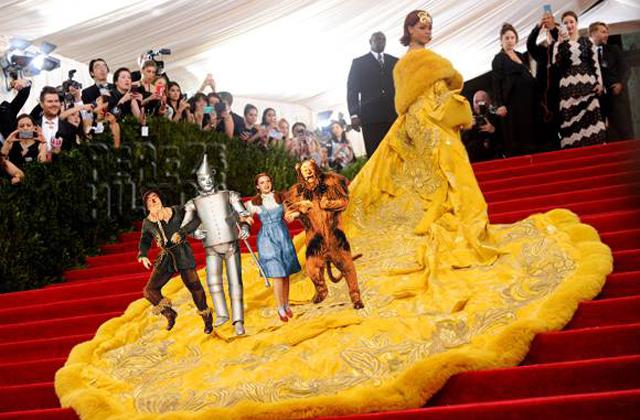 MET-gála: ezt nem gondoltad volna Rihanna ruhájáról