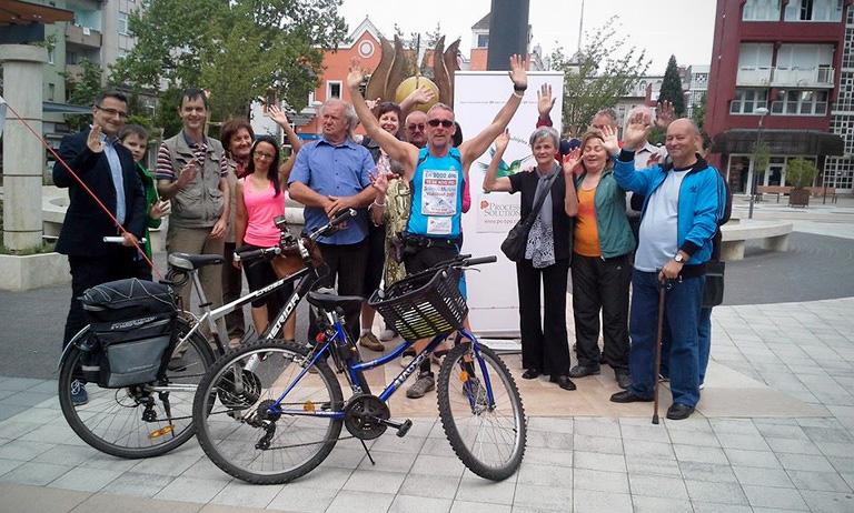 Sclerosis multiplexszel biciklizi körbe Magyarországot Zoltán