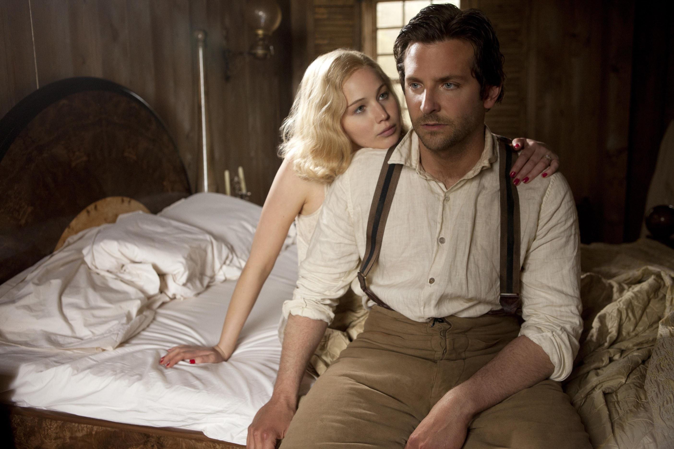 Serena: Egy film akkor is lehet szörnyű, ha Bradley Cooper és Jennifer Lawrence a főszereplője