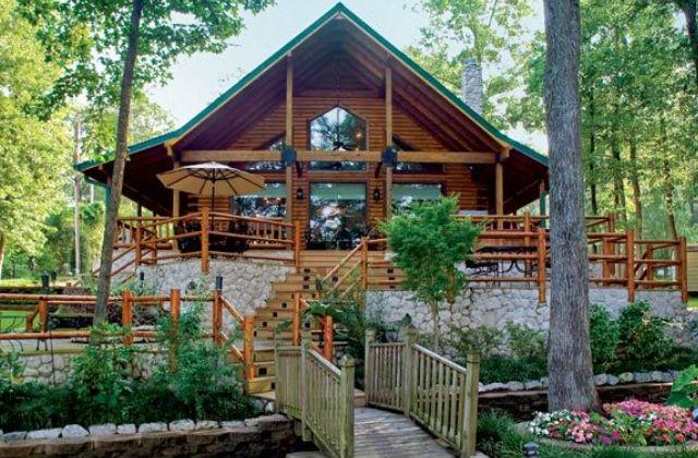 Barátságos, otthonos, természetes, maga a nyugalom szigete ez a faház. Fotó: pinterest.com