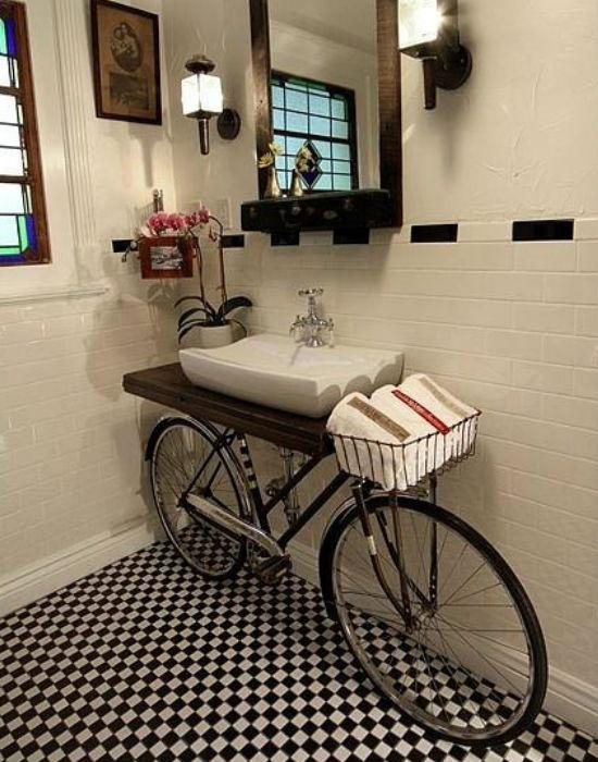 Egy biciklit a fürdőszobába? Fotó: pinterest.com