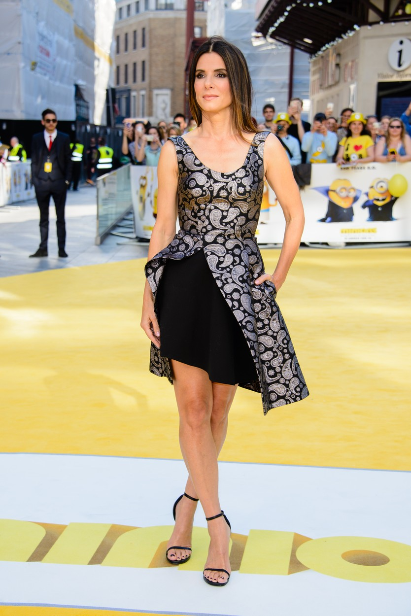 8 friss fotó: Sandra Bullock 50 évesen is a legjobb nő Hollywoodban