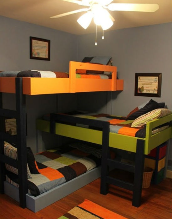 Így is el lehetne helyezni három gyerkőcöt egy szobában, mégsem egy elterjedt megoldás ez sem. Fotó: huffingtonpost.com