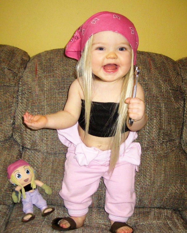 Ezt nem hiszed el: gyerekek, akik pont úgy néznek ki, mint a játékbabájuk