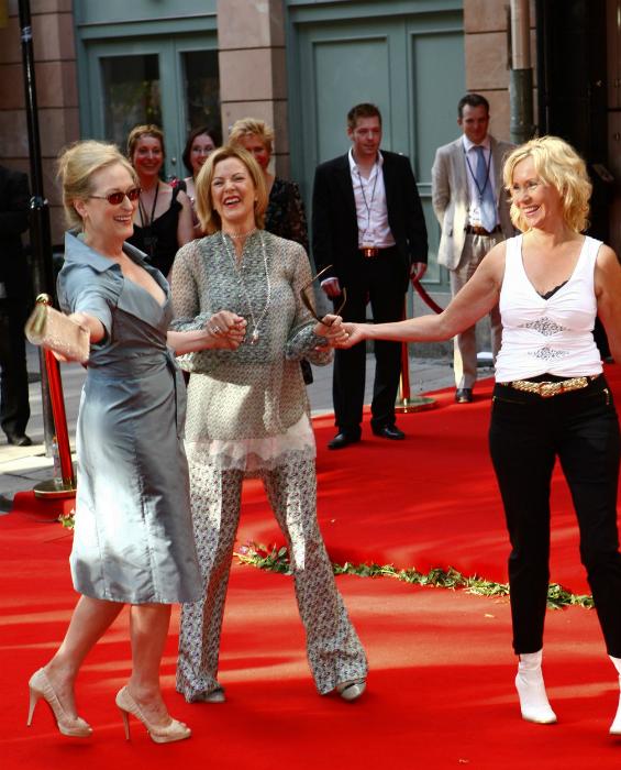 Meryl Streep a két ABBA-lánnyal