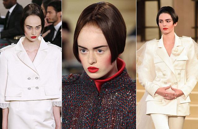 Borzasztó frizurával vonultak a modellek a Chanel bemutatóján - fotók