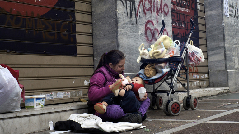 Hajléktalan anyák: