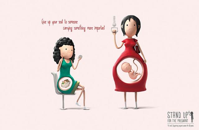 Ezért add át a helyed a kismamáknak! - képek
