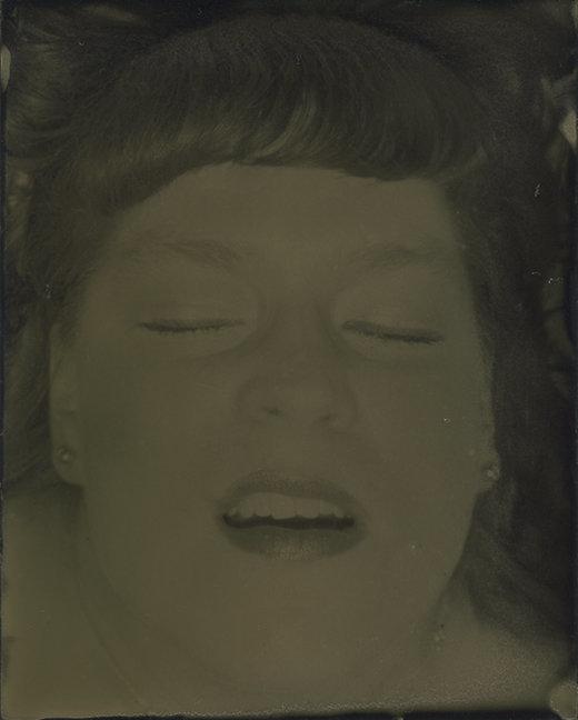 12 orgazmus, 12 női arc - fotók