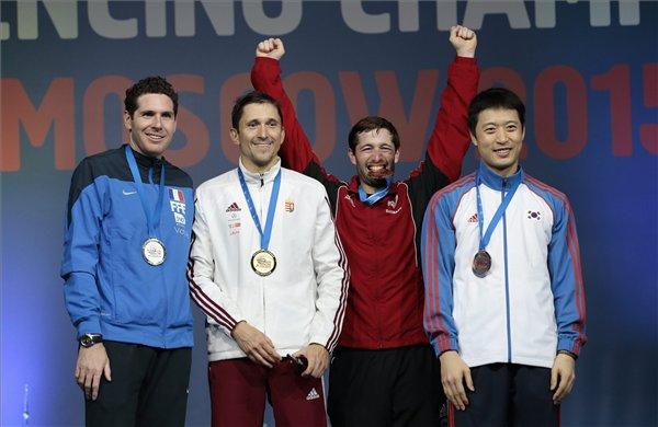 Az ezüstérmes francia Gauthier Grumier, az aranyérmes Imre Géza, valamint a bronzérmes dán Patrick Jorgensen és a dél-koreai Jung Hszeung Hva