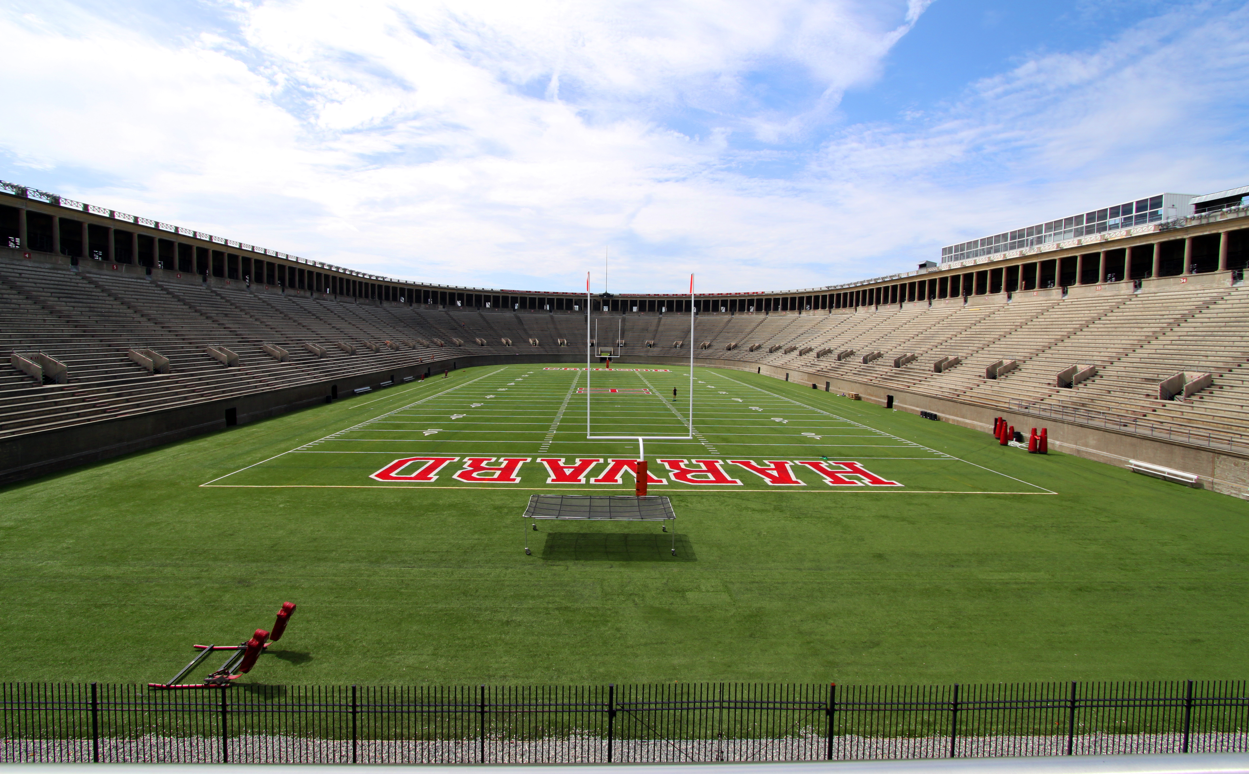 A Harvard egyetem stadionja - hát, nem egy Puskás Akadémia (Fotó: Wikipedia)