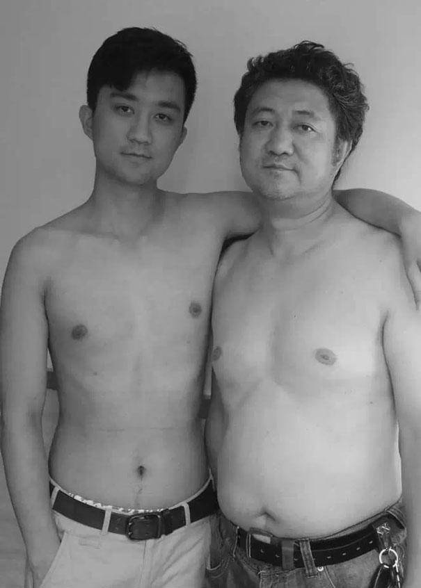 Fotókon apa és fia 28 éve