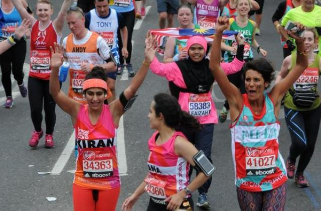 Tampon nélkül futotta végig a maratont