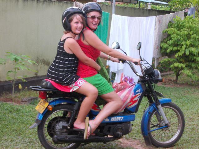 Hárs Anna, a főmentor még motorozásra is rávette Dorkát