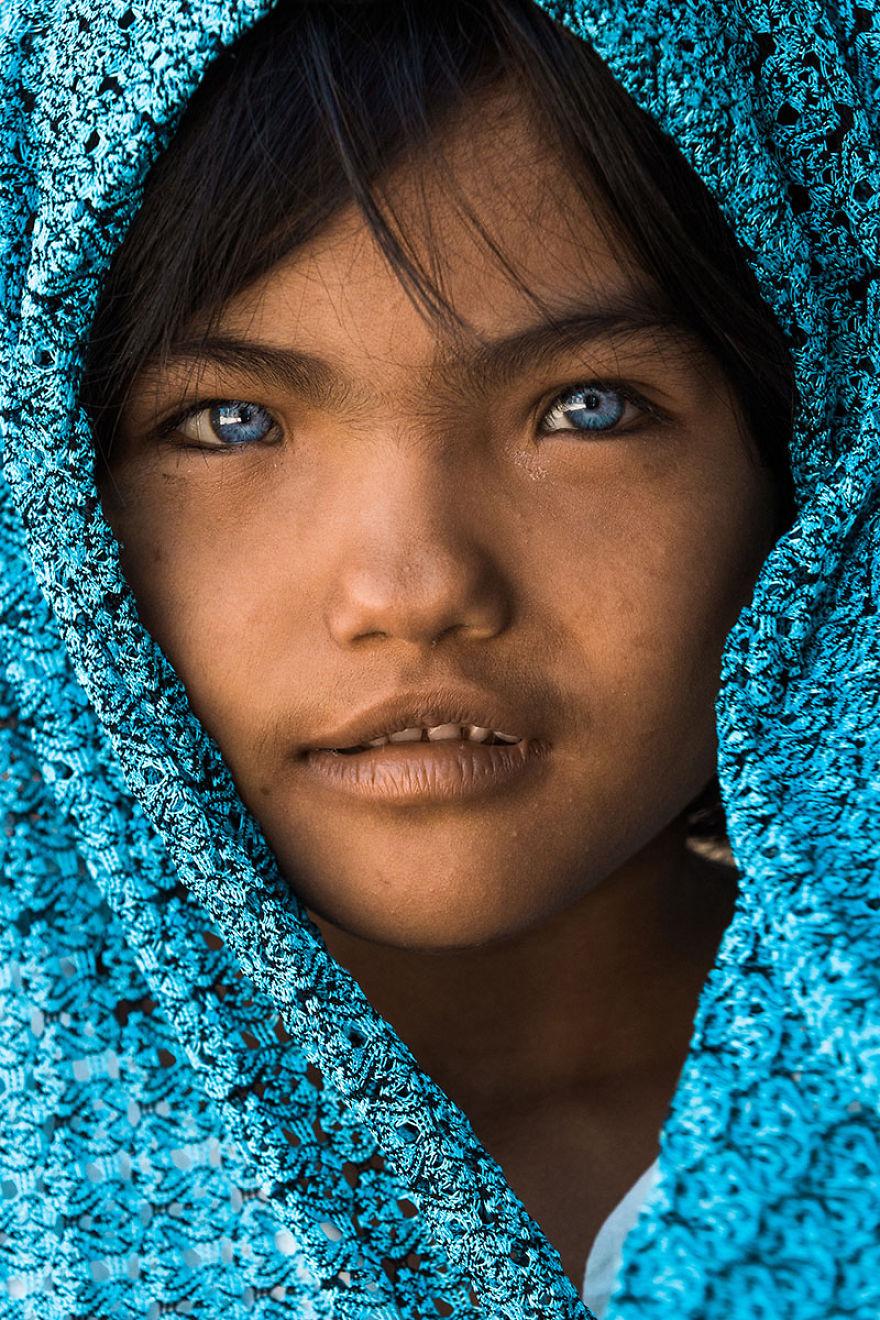 7 éves kislány Vietnamból