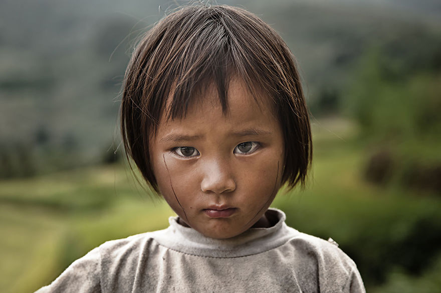 4 éves kislány Vietnamból