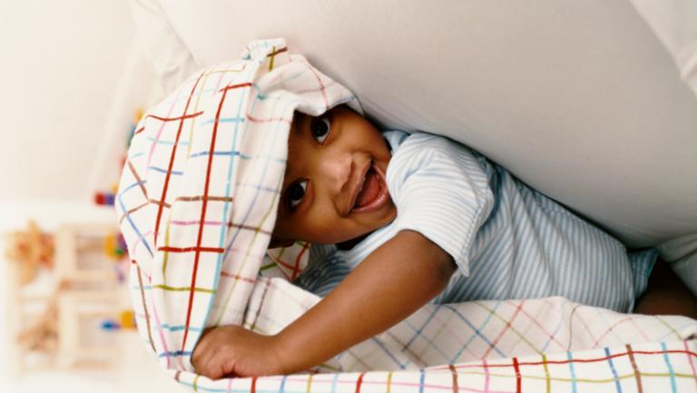 12 végső megoldás a nyűgös baba szórakoztatására