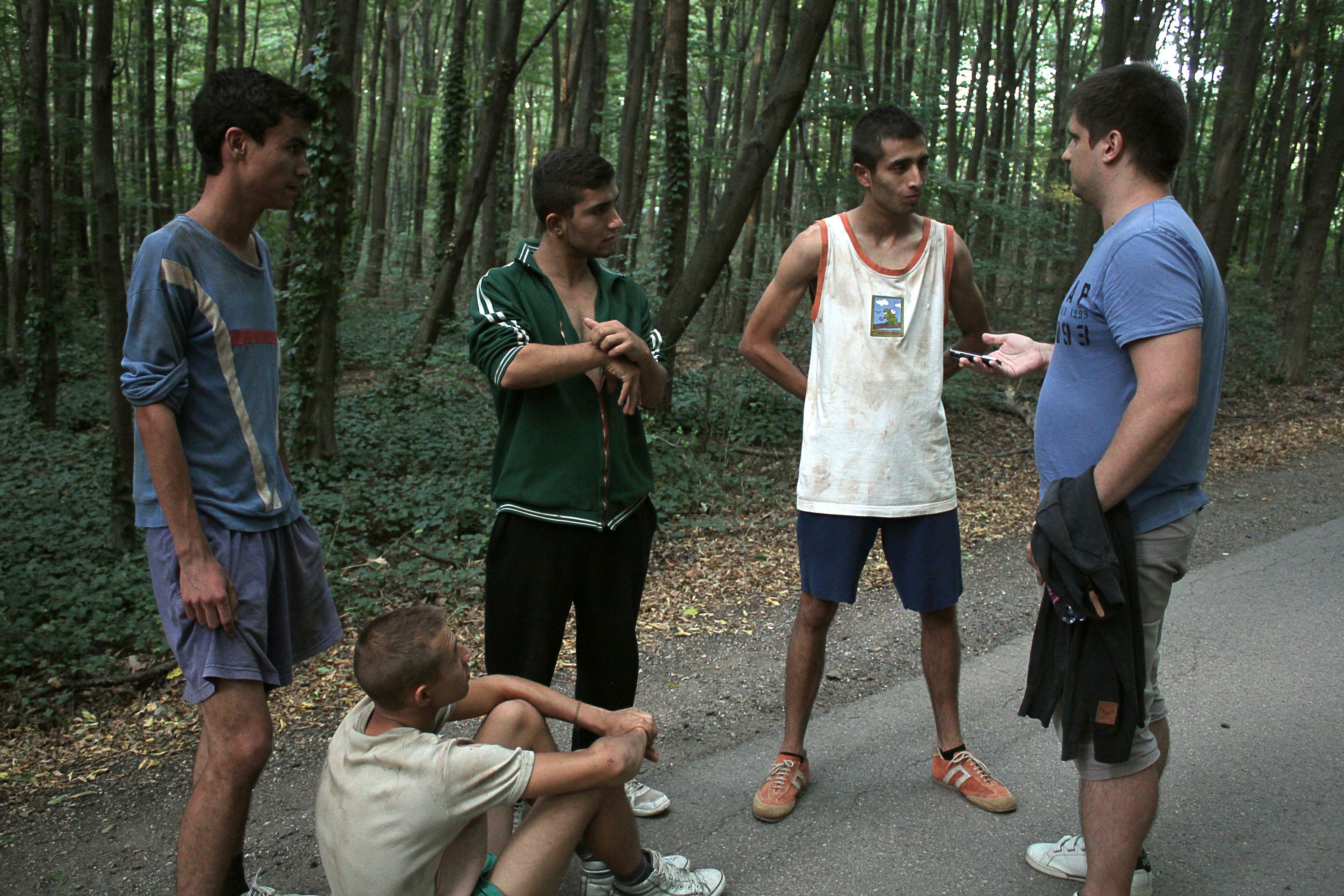 Lakatos Renátó, Lakatos Csaba, Pászik Cristopher és Bergendi Barna interjú közben (Fotó: Bendó Zsuzsanna)