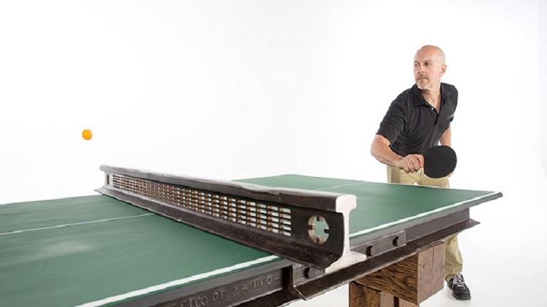 110 éves vasúti sínből lett a legmenőbb ping-pong asztal