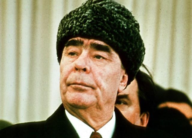 A Szovjetúnió  Legfelsőbb Tanács Elnökségének elnöki posztját (államfő) is betöltötte.