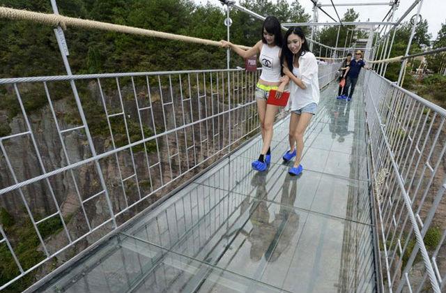 Így néz ki a világ leghosszabb üveghídja