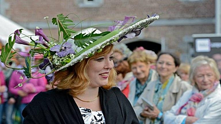Virágos kalapok versenye: íme a legszebbek