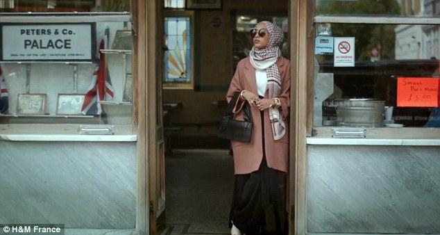 A H&M első muzulmán modellje