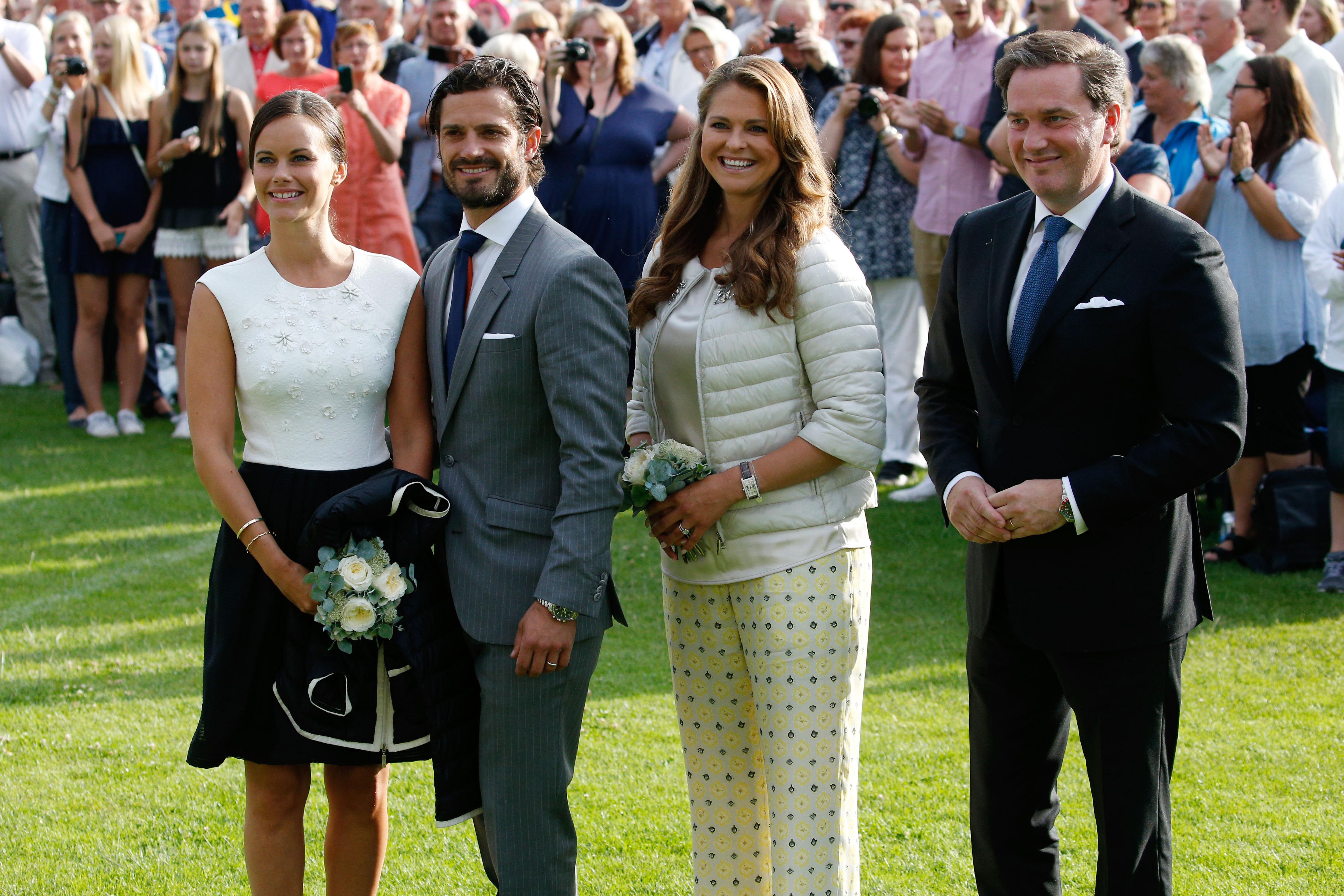 A svéd királyi családban nagy az összetartás, Madeleine hercegnő ezért egyértelműnek tartotta, hogy öccsét, Károly Fülöp herceget kéri fel keresztapának