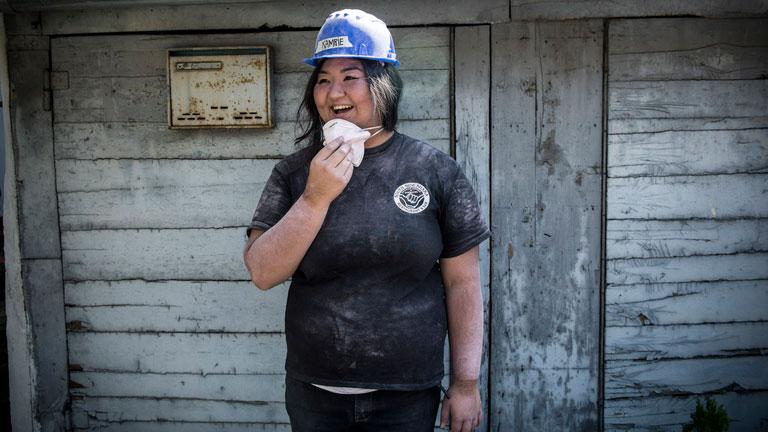 A Habitat for Humanity nyolc hawaii-i önkéntese is dolgozott Gábor leendő otthonán(Fotó: Abcúg/Hajdú D. András)
