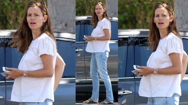 Válás lefújva! Kismama pocakot villantott Jennifer Garner - fotó
