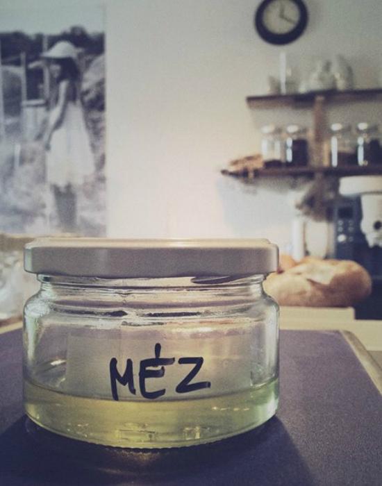 A csomagolásmentes boltban helyi mézet is lehet vásárolni Fotó: noPack/Facebook