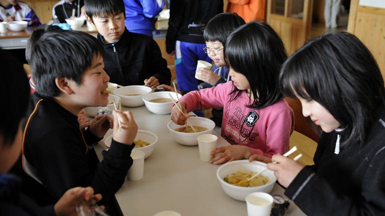 A japán gyerekek egészségesebbek! Tanuljunk tőlük!