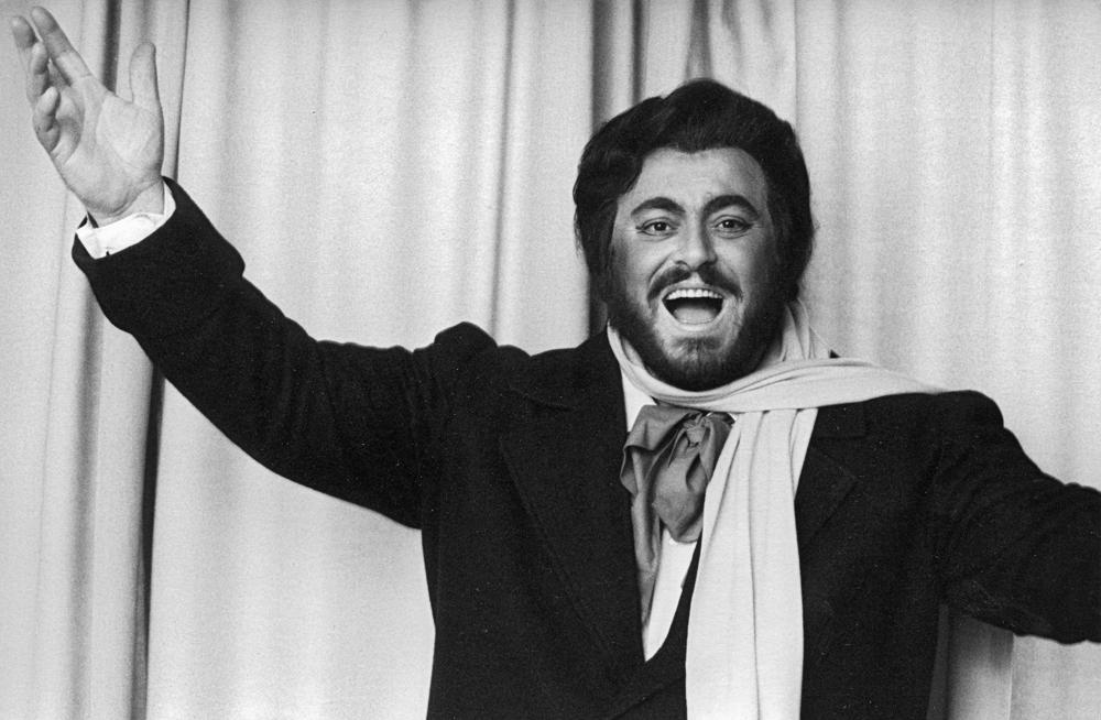 Világraszóló élet, botrányos végjáték – 80 éves lenne Pavarotti