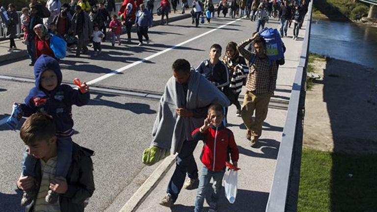 Menekültügy: továbbképzésre küldenék a tanárokat