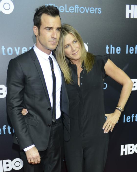 Jennifer Aniston külön él a férjétől