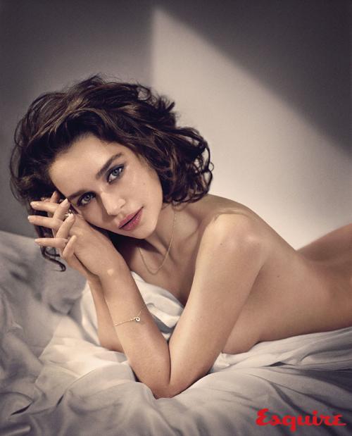 Őt választották meg idén a világ legszexisebb nőjének - fotó