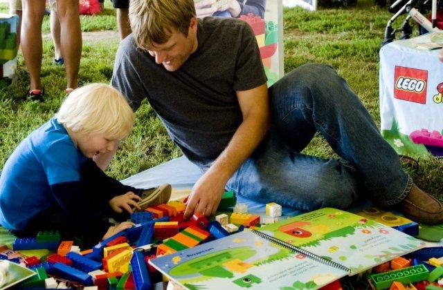 Oszd meg és játssz! – így fejleszti a játék a szociális képességeket