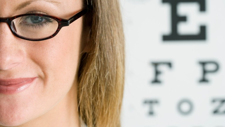 hogyan lehet a rövidlátást lézerrel gyógyítani asztigmatizmus, távollátás és rövidlátás