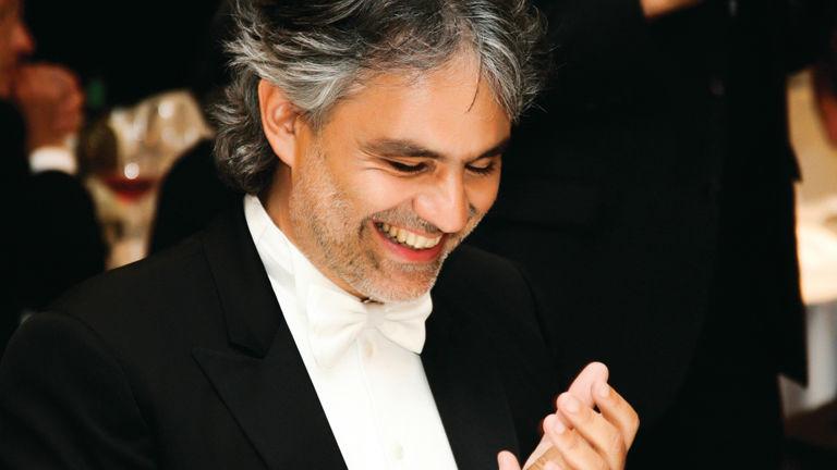Magyar énekesnővel áll össze Andrea Bocelli