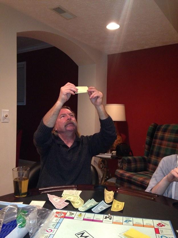 11 apuka, aki vállalhatatlan hülyeségekre is képes - vicces képek