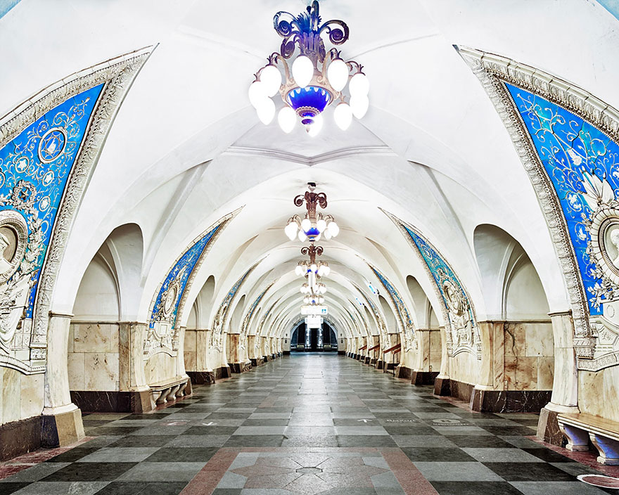 Meseváros a föld alatt - csodaszép képek az orosz metróból